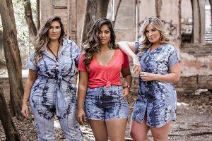Modelos plus size vestem a nova coleção jeans plus size da Predilect's Plus
