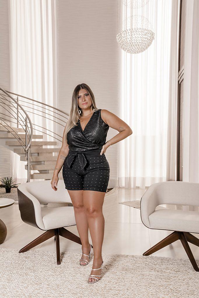 Bruna Rêgo mostra coleção de moda festa plus size da Predilect's Plus