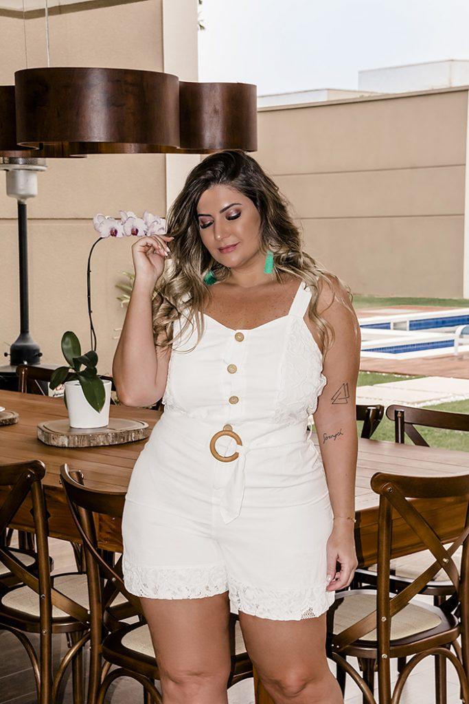 Roupa plus size para o Réveillon: moda branca da Predilect's Plus para a virada de ano